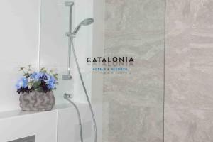 Catalonia doccia